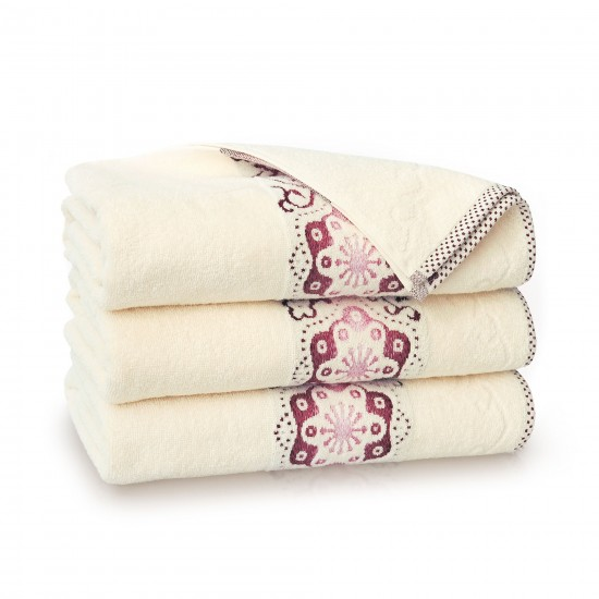Ręcznik bawełniany beżowy Victoria Ecru