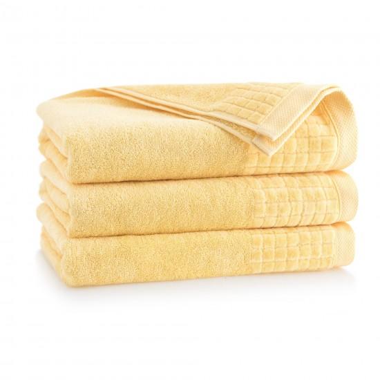 Ręcznik welurowy Paulo 3 Słomkowy