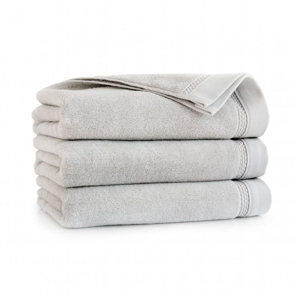 Ręcznik z bawełny egipskiej Bryza AG Platyna