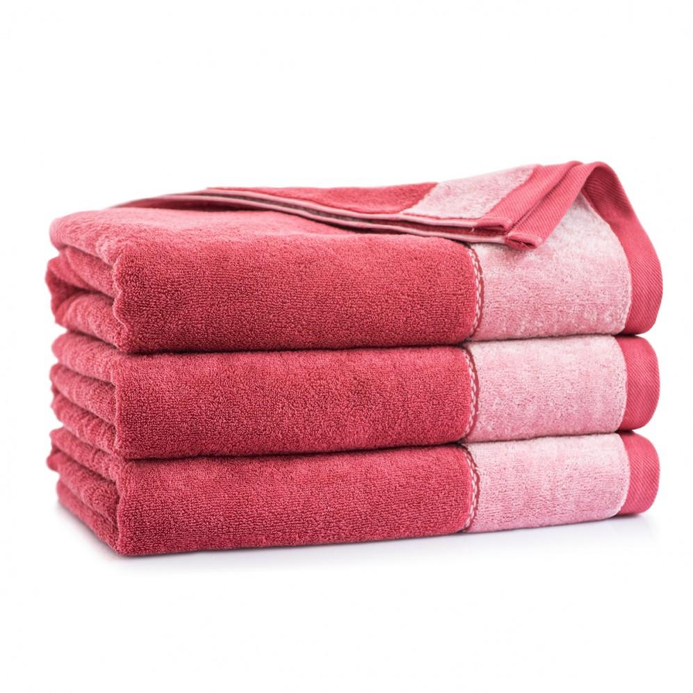 Ręcznik z bawełny egipskiej różowy Megan Karnelian