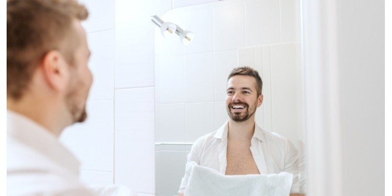 Ręcznik do twarzy, ciała, włosów – ile ręczników powinna mieć jedna osoba?