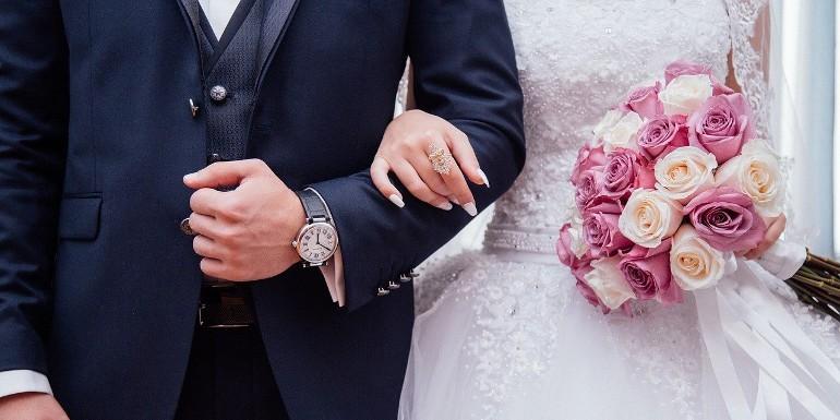Ręczniki ślubne – jakie będą idealne dla pary młodej?