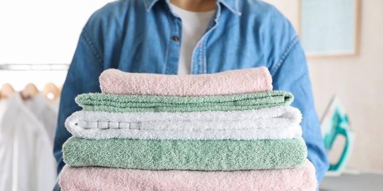 Jak składać ręczniki?
